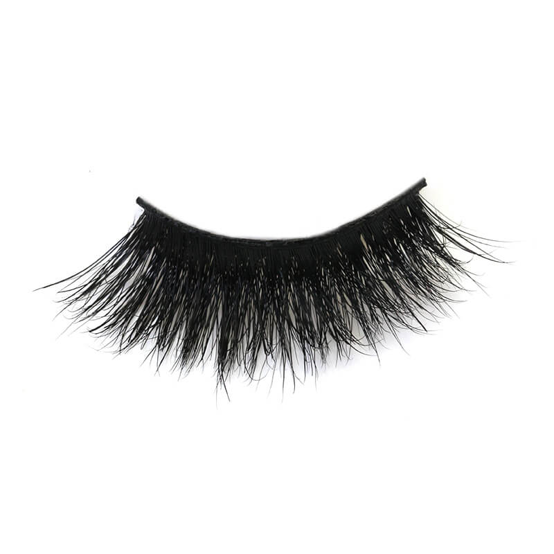 Big bold lashes with fluffy texture and flexibility EM43