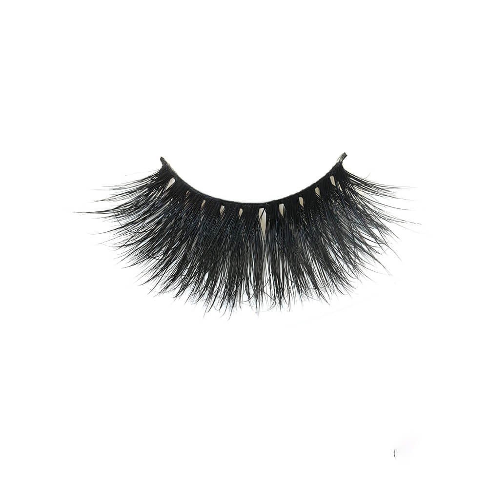 Big voluminous lashes ideal for drag queens GH18
