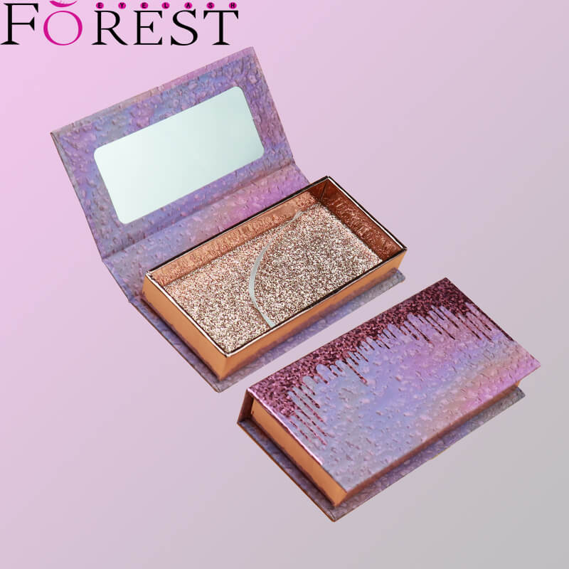 lashes box with mirror