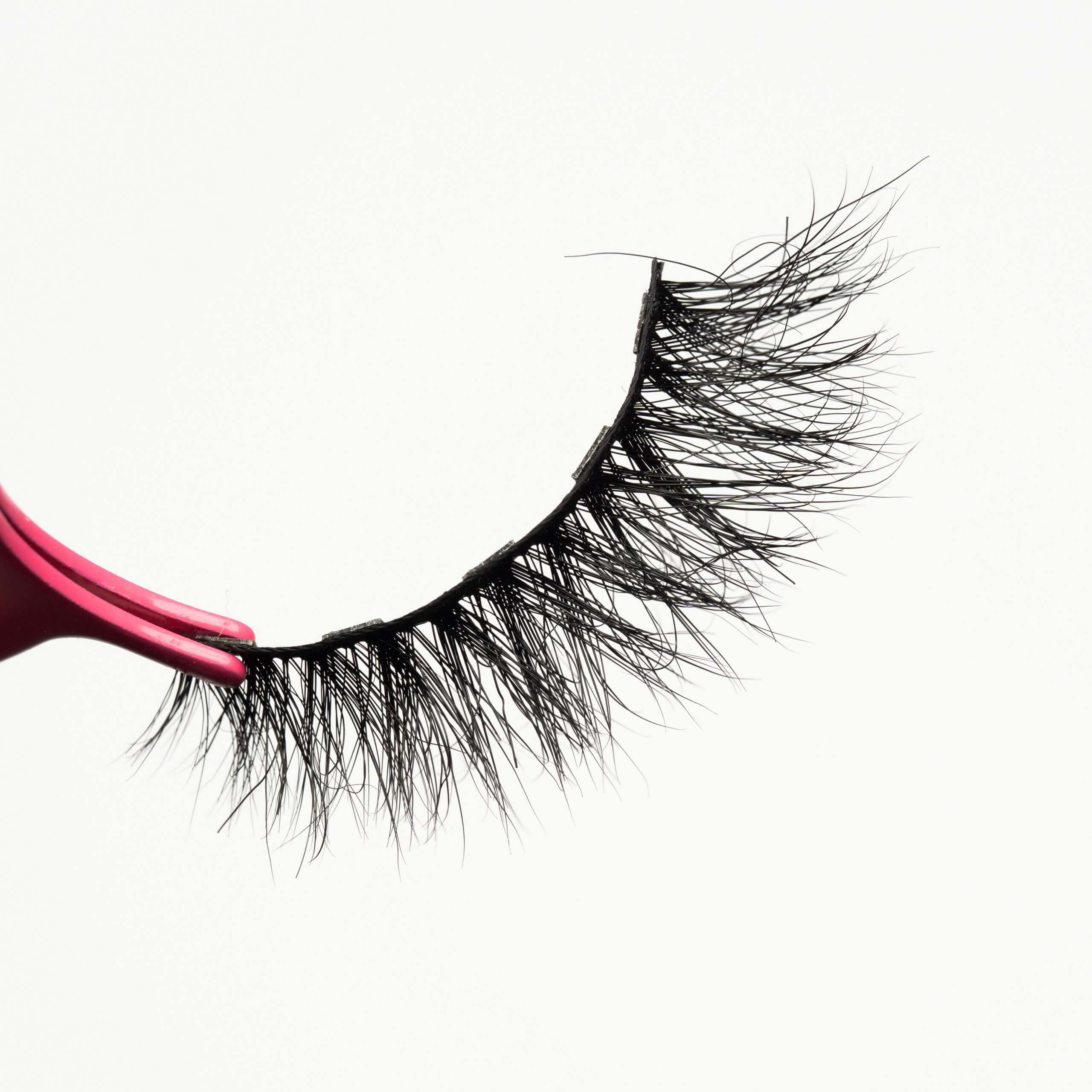 Popular mink lashes with five magnetic MG18